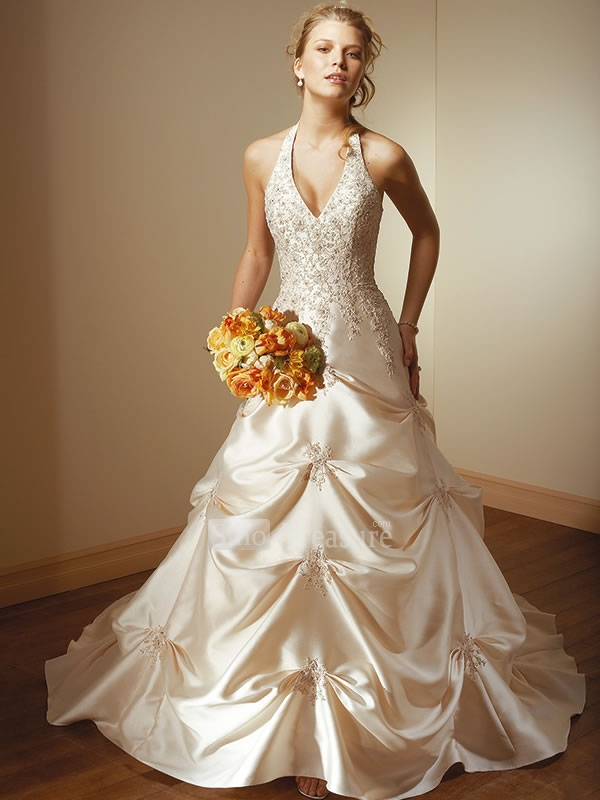 Champagne bridal dresses fashion belief for Champagne color wedding dresses