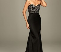 Tips to Choose the Right Formal Evening Gowns