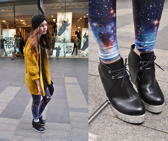 Galaxy Leggings Black Milk