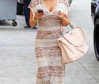 Chic Appearance with Maxi Dresses for Tall Women
