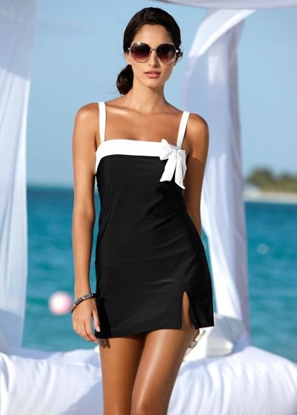 Swimwear and Beach Dress Picts