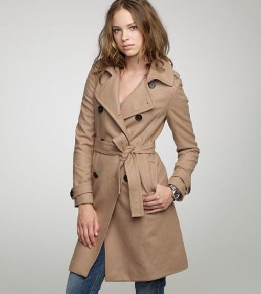 The color and the length of women's winter coats also variety. You could choose the short or the long coats adjust it with the needed and the occasion