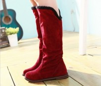 The Benefits of Flat Boots for Women