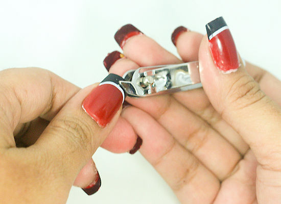 How To Take Off Fake Nails At Home Without Pain