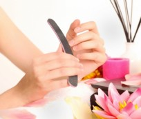 Some Tips about How to Give Yourself Manicure