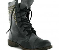 Look Interesting and Different with Military Boots for Women