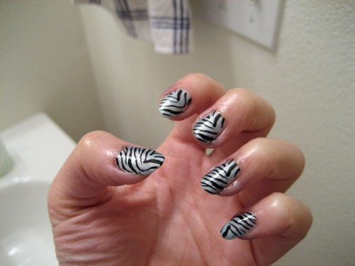 Pictures Of Zebra Print Nails