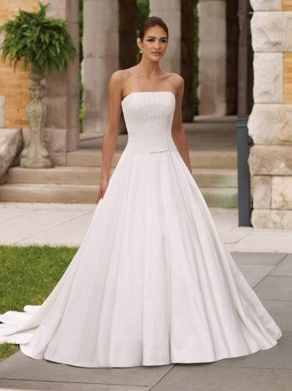 Plain Wedding Dress Strapless