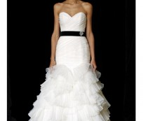 Wedding Gowns Designs for The Happy Bride Groom