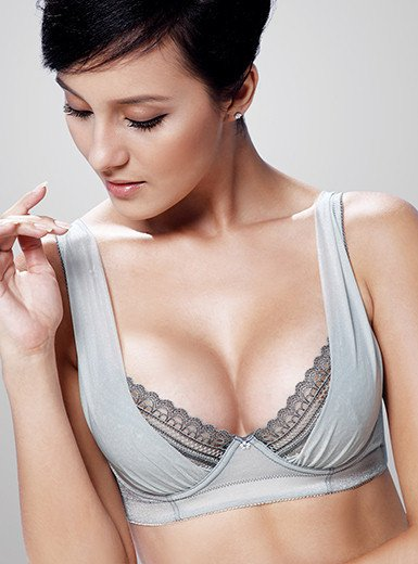 A cup to C MemoryShape Breast Implants Patient Information 37 55 110  A cup to C Smooth Round Moderate Plus Profile Saline