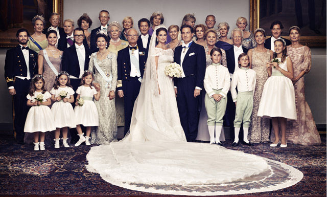 family-picture-princess-dress