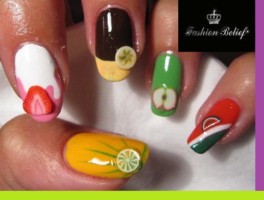 nails-with-light-decoration