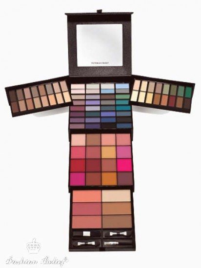 Give Me Dazzle Makeup Kit