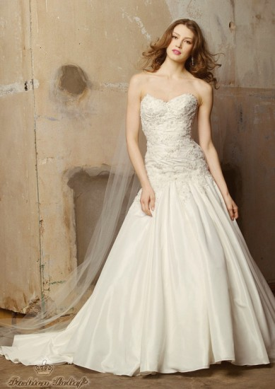 wedding dress for a tall and slender bride fashion belief