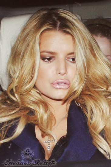 Jessica Simpson lip augmentation