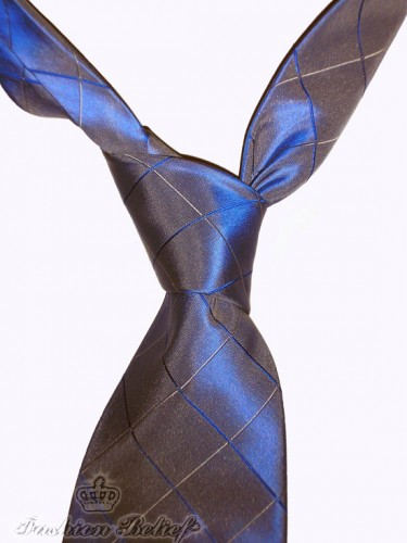 four-in-hand knot