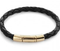 Women's jewelry for special occasions made from gold and leather