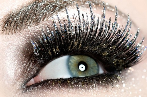 how to make your eyes sparkle for guys