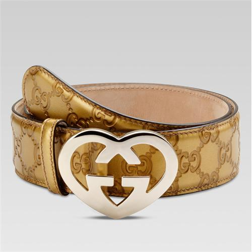 heart-shaped belt buclke