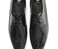 Men's patent leather shoes with laces