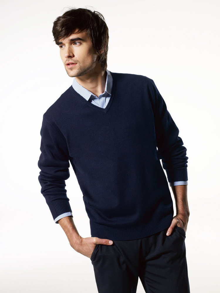 Sweater fashion belief for Sweater over shirt men
