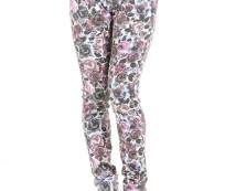 Women's jeans with floral patterns for the spring and summer